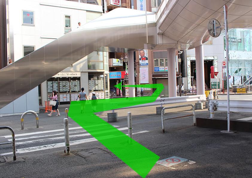 立川駅南口階段